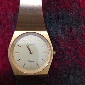 Vintage Helbros Regency gold watch